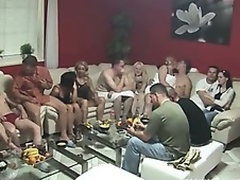 Giant MATURE SWINGERS PARTY