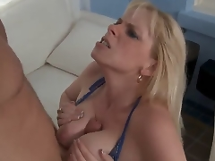Cameron Keys met his sons friend Levi and saw his cock by accident. So like all wicked bitches she decided to smack it immediately. Levi didnt matter at all. Lucky guy, this chab is absolutely glad
