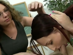 Mothers and daughters are always superlatively good friends and are trying to help each other. Moreover, they can both suck cocks in the same time an fully please that fortunate fellow. Watch and enjoy