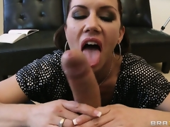 Brunette hair with worthy wazoo sucks his big penis and this guy licks her wazoo
